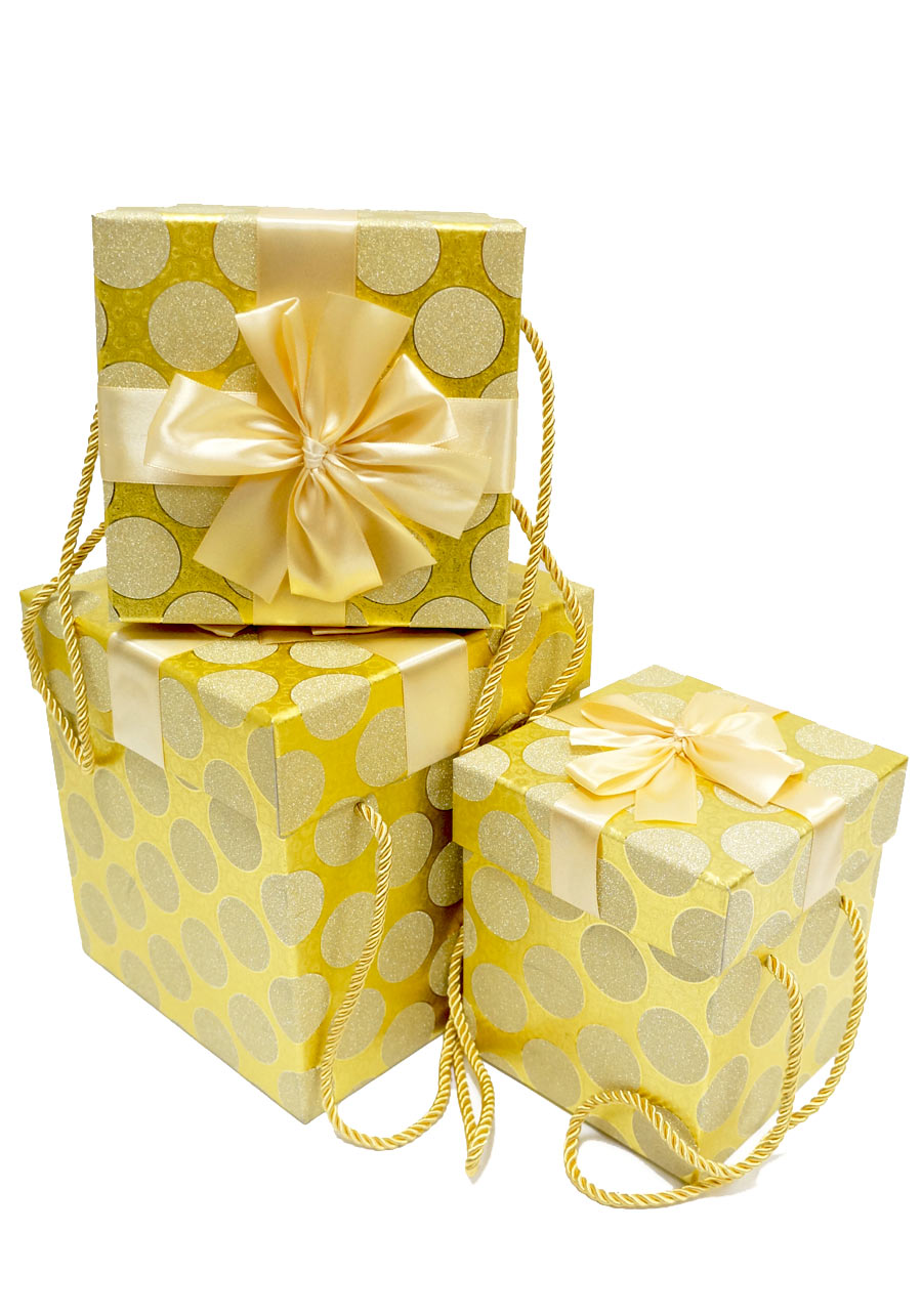 фото подарочный пакет на золотом фоне